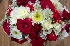 Brautstrauß rot weiß