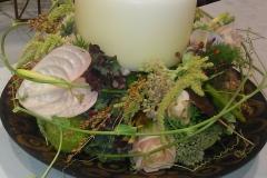 Blumen und Kerze